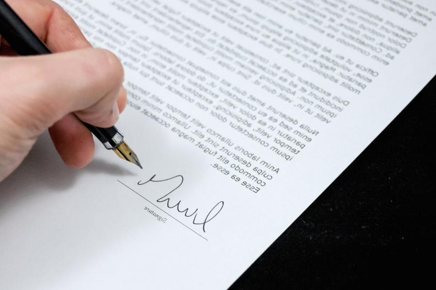 primaire en secundaire arbeidsvoorwaarden contract tekenen