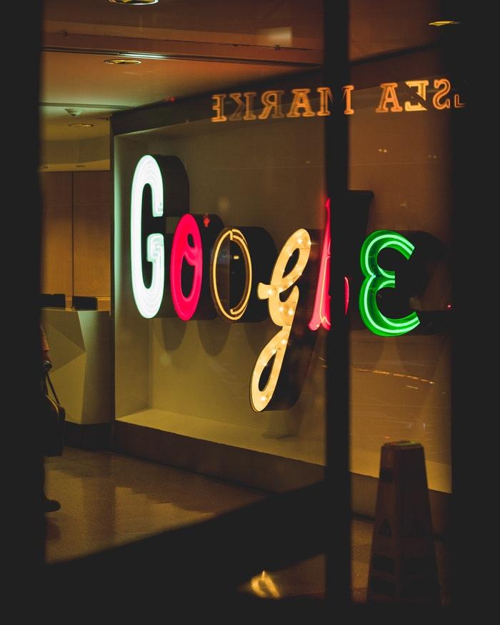 Welk bedrag staat er op een loonstrookje bij Google?