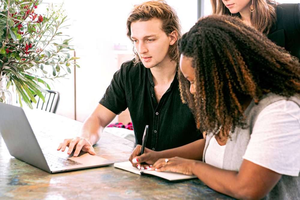 Een online sollicitatiegesprek voorbereiden en voeren als werkgever — 7 handige tips om het goed aan te pakken